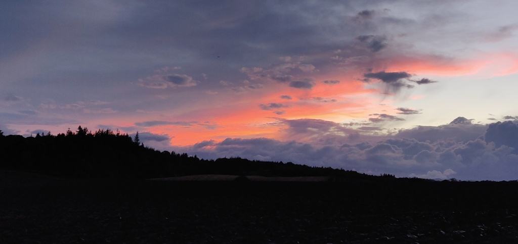 Sunset in Pencaitland, East Lothian
